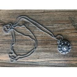 ZZZand necklace with Zeeuwse knoop