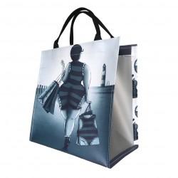 Shopper VET WUUF shopping