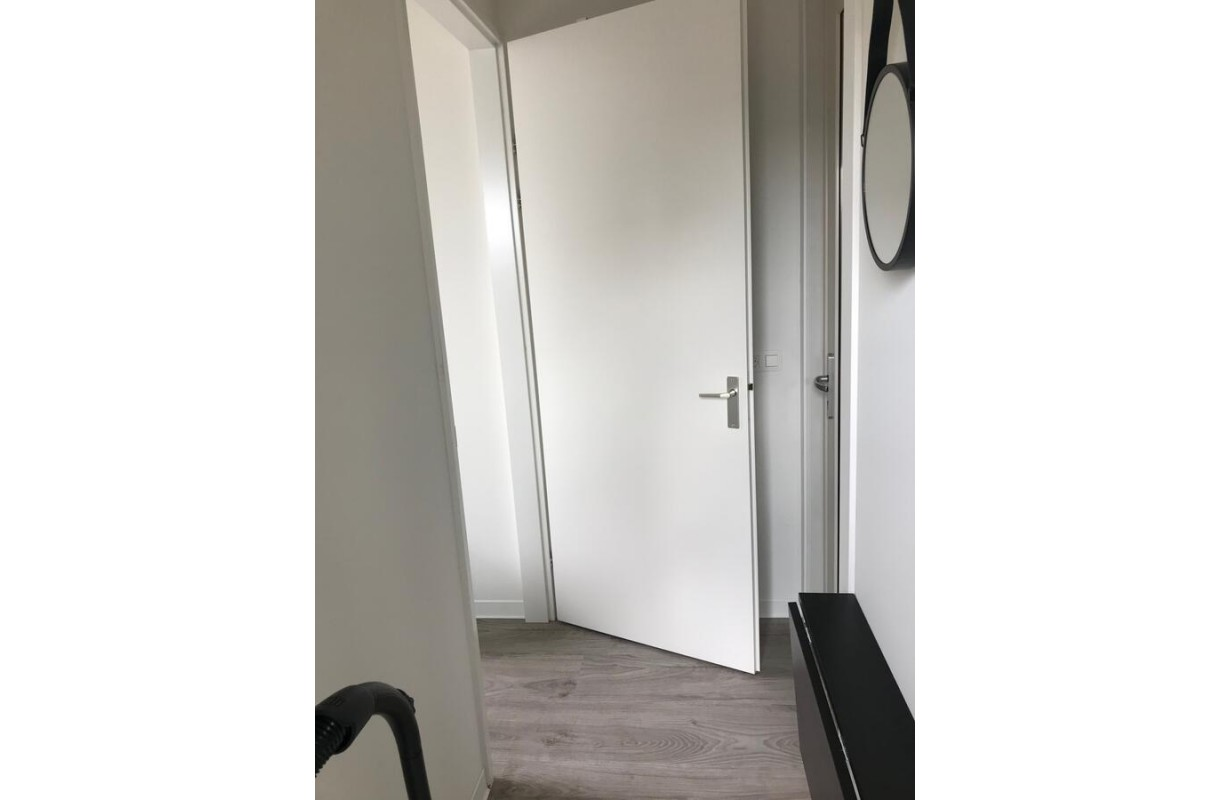 Doorway from hall to bedroom